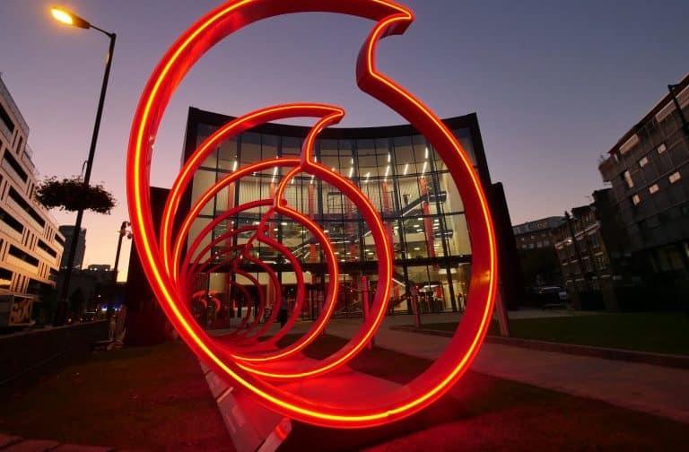 Vodafone Ahrensburg Logo